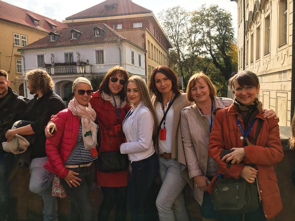 Team der kieferorthopädischen Praxis Iris Kaufhold in Prag